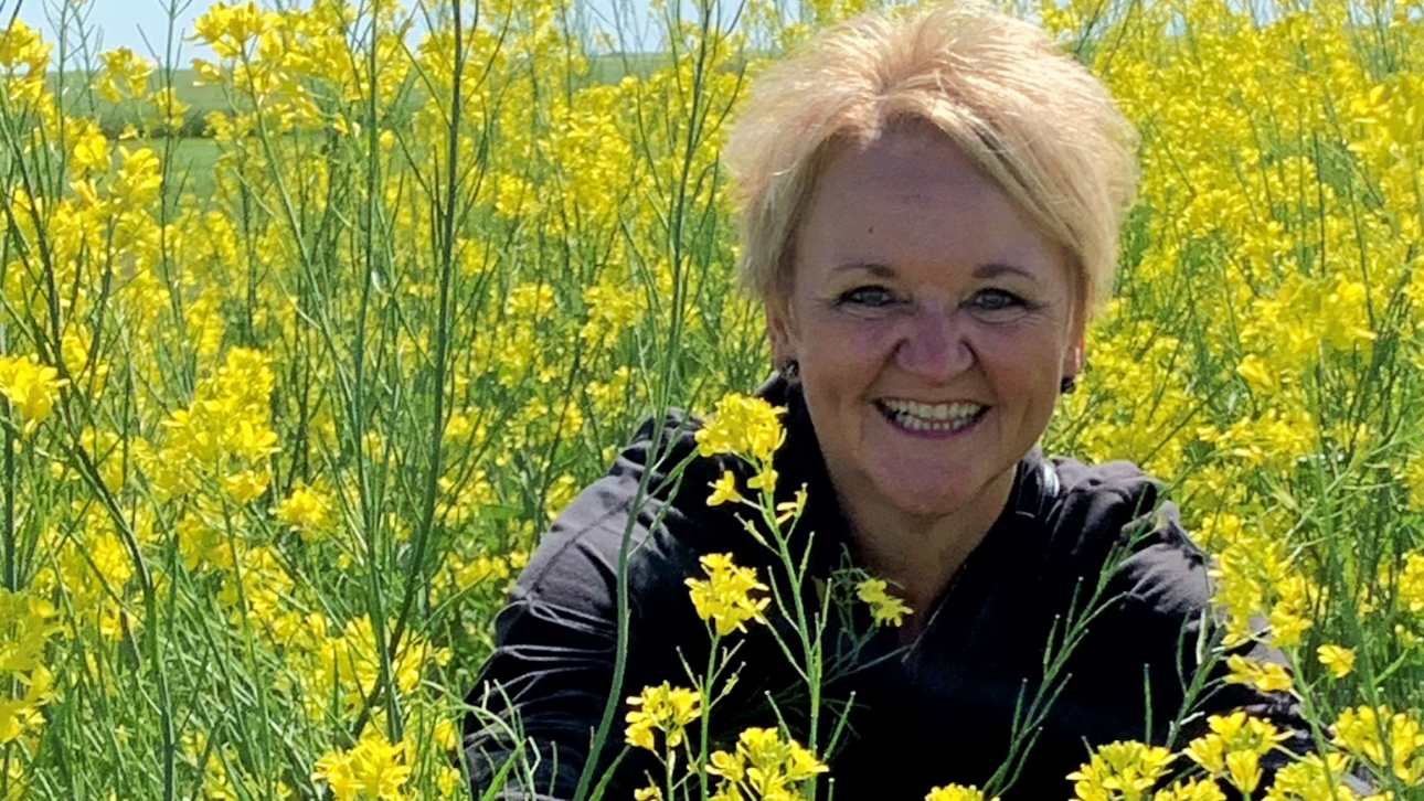 Ep. 64 with Adele Buettner from AgriBiz Communications